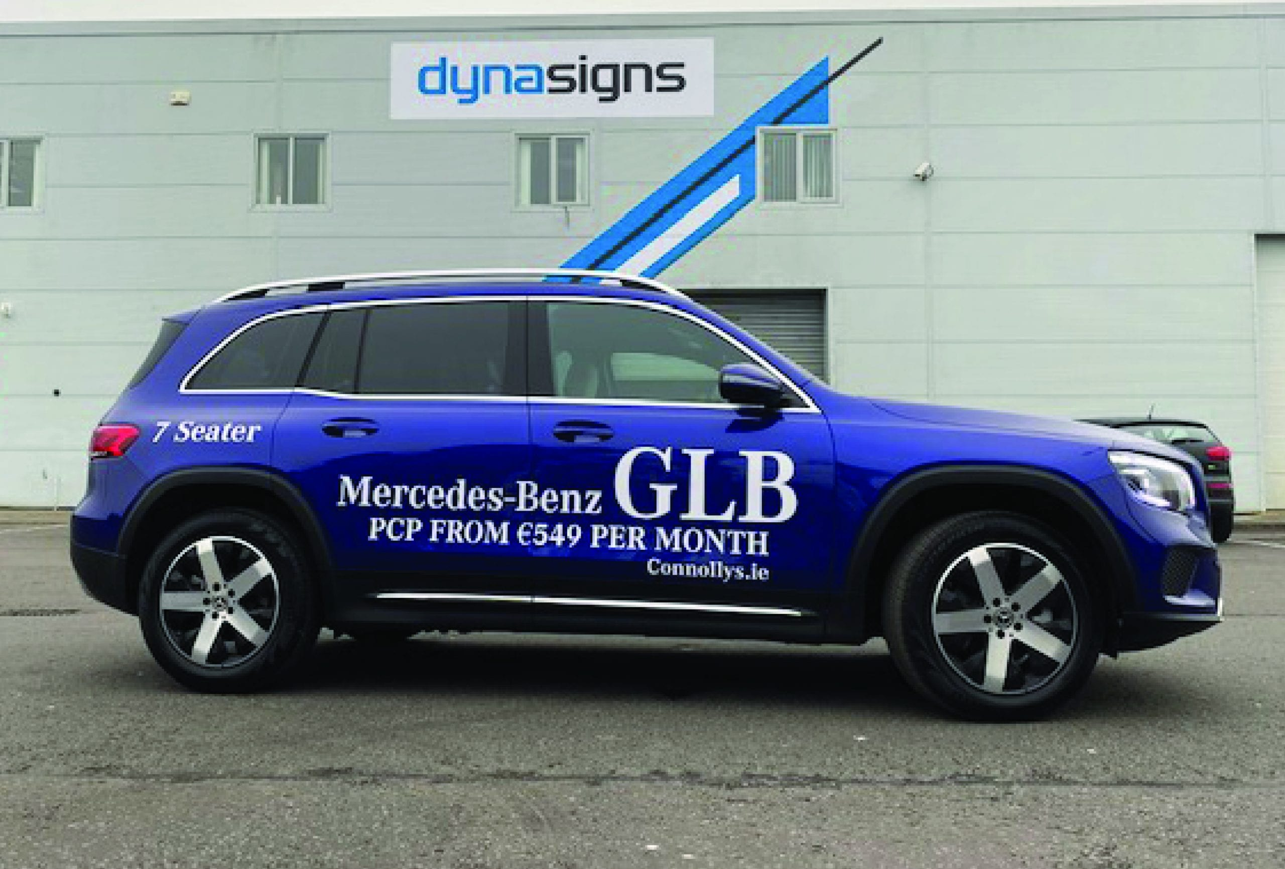 Vinyl Graphics to a Mercedes-Benz GLB