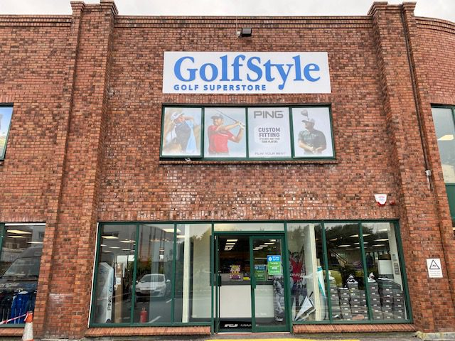 External Signs for Golf Style